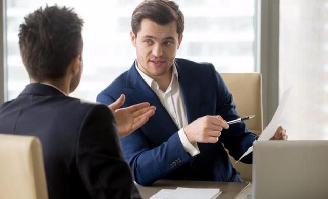 批評員工的標準流程,說的再狠對方都能接受,往裡套用就行