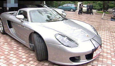 身價超400億,成龍管他叫大哥,珍藏30輛超跑幾乎都是限量版!