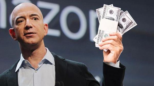 他打敗比爾蓋茨和巴菲特,成為世界上最富有的人