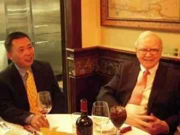 巴菲特午餐,究竟吃什麼? 第一個和他吃飯的中國人身價已上千億