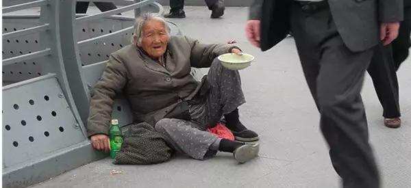 窮人面前別裝富,富人面前不哭窮! 高人指路,句句精闢
