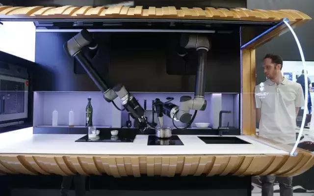 會做飯機器人誕生,廚師要失業了嗎?