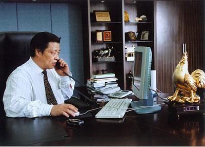 中國雞王發家史:他是麥當勞背後的男人,年賣5億隻雞,市值200億
