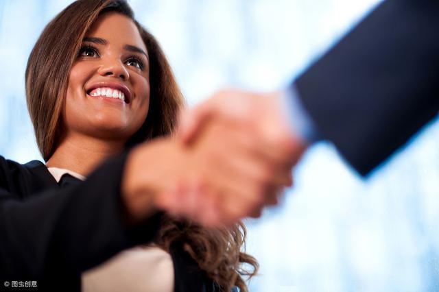 人最重要的是自信,自己要先看得起自己別人才會看得起你!
