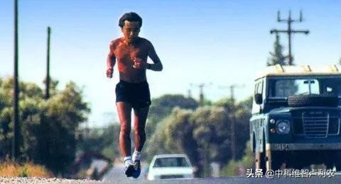 跑步與讀書,最經濟的重塑自我