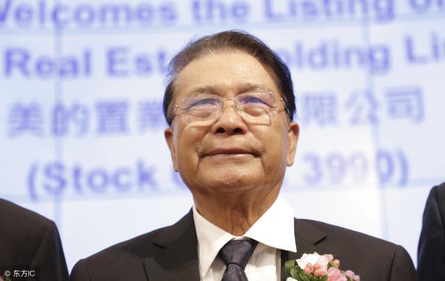 5000元做到4000億,他靠著足夠強大的決策力和膽量,成為傳奇!