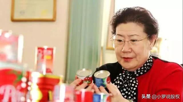 55岁老太退休创业,靠一个易拉罐年收76亿,留下3点商业经验