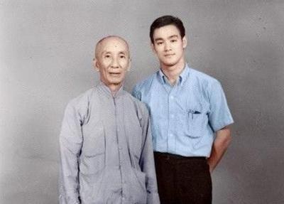 李小龙经典哲学语录50句,一生至少读一次,向功夫之王致敬