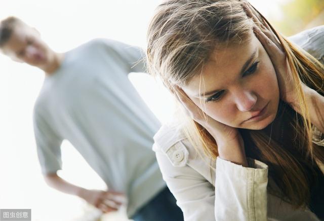 生活并不是理想,大部分夫妻吵架的根源,不是三观不合,而是穷
