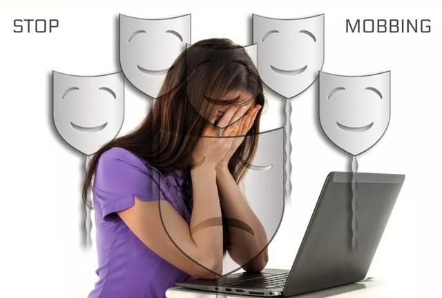 我該如何克服職場社交恐懼?
