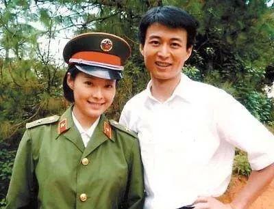 袁立三婚:27歲爆紅的杜小月,40歲才做回自己