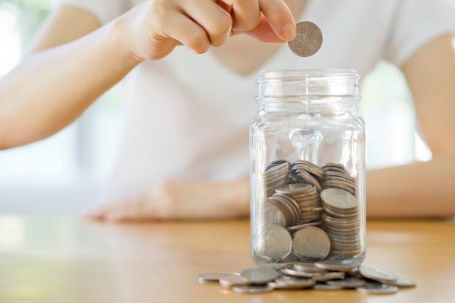 9 Easy Money-Saving Tips You Can Follow To Reach Your Financial ...