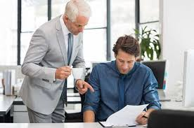 How to Ensure Your Boss Knows How Hard You Work | Cleverism