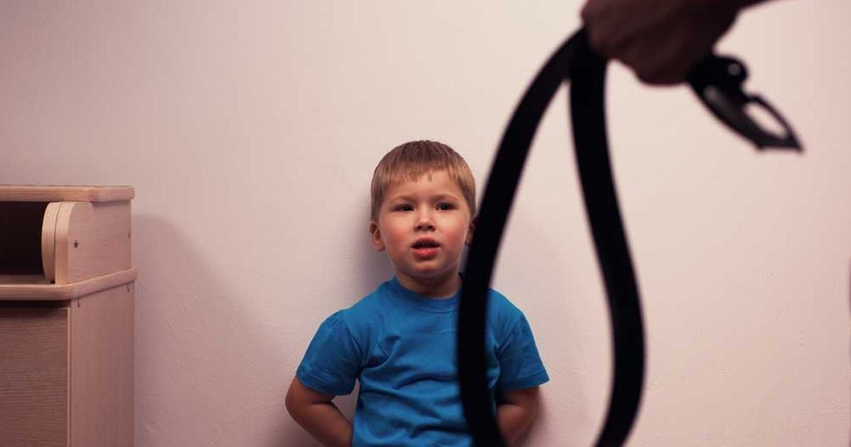 Why Parents Should Never Hit Their Children, According To ...